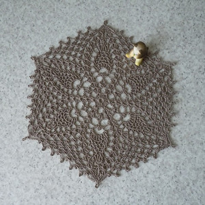 2014106_99little_doilies4_2